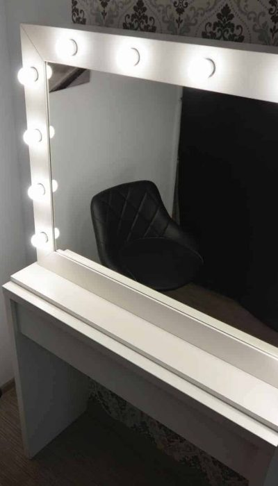Lustro LED do makijażu Make Up Stand