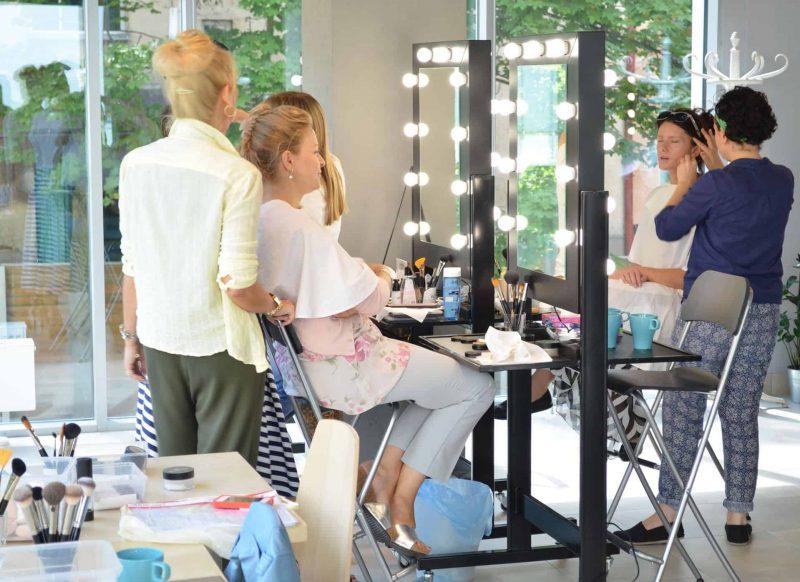 Stanowiska Make Up mobilne Dual w Beauty Art