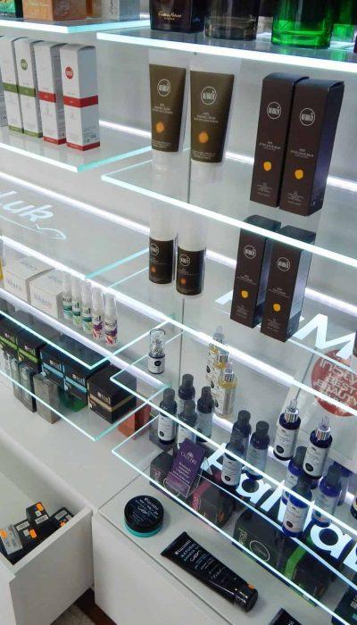 Regały podświetlane LED-SHELF